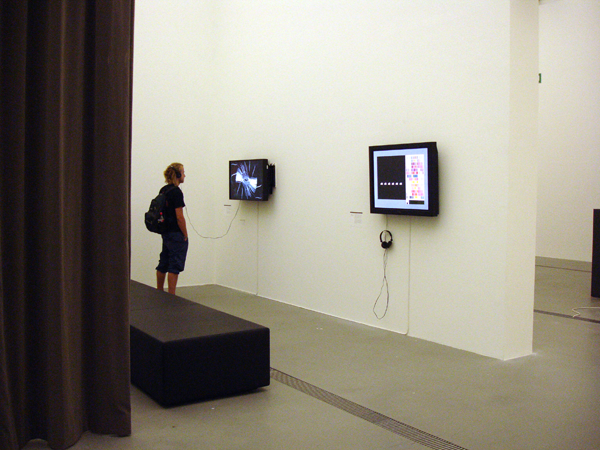 2009_see_this_sound_exhibition_02