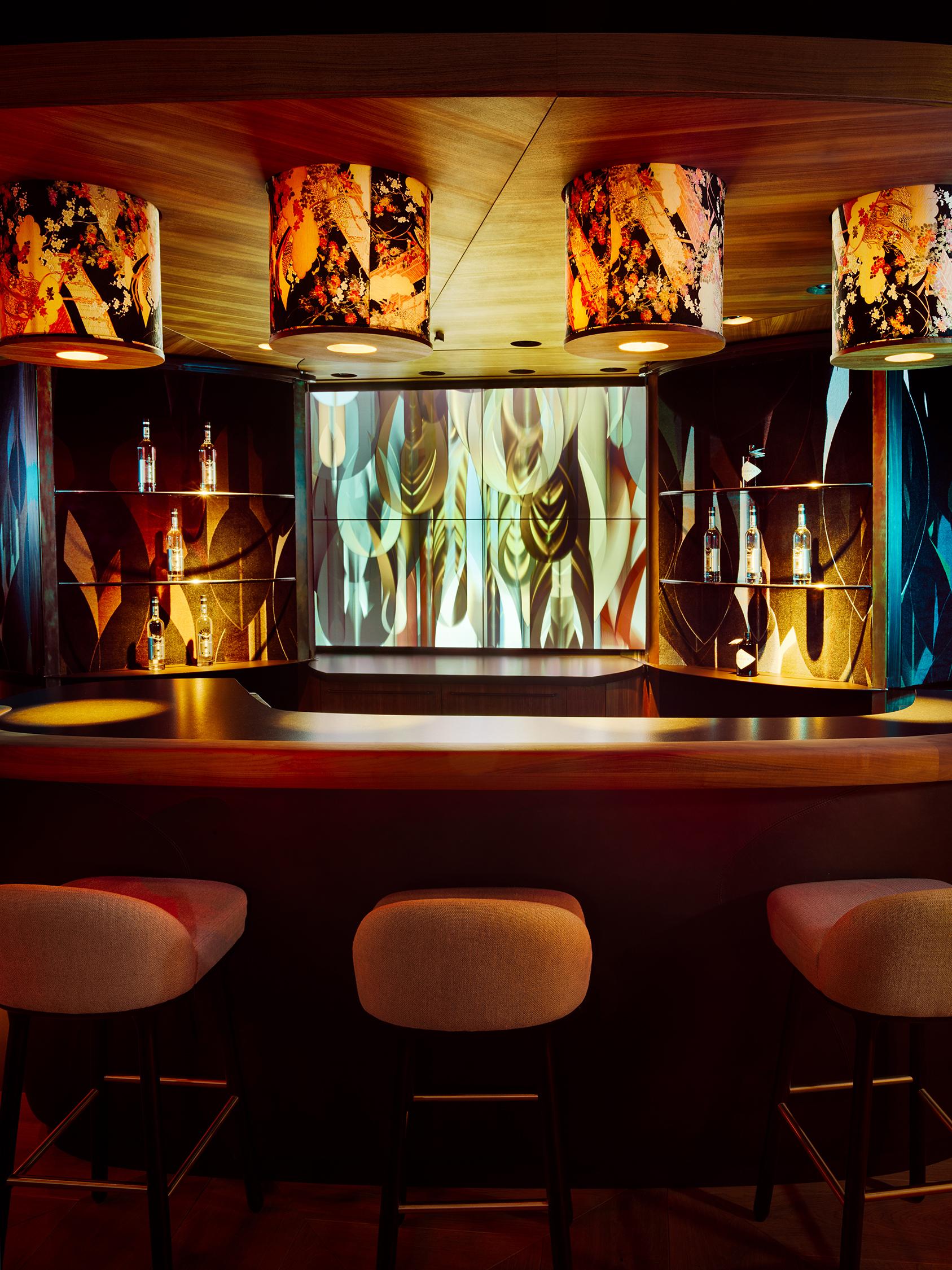 Continental Bar – LIA